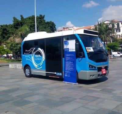 Demonstração do miniautocarro elétrico Karsan Jest Electric na Madeira